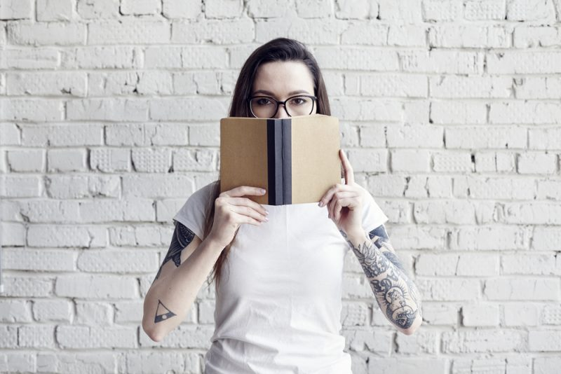 Girl with book - books to help business owners get their mojo back - Unpreneur blog